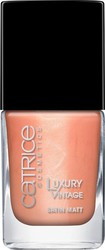 Catrice Cosmetics Luxury Vintage Because I'm Shabby 08