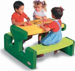 Little Tikes Large Picnic Table - Evergreen