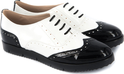 Celebrity C3110 White / Black Patent